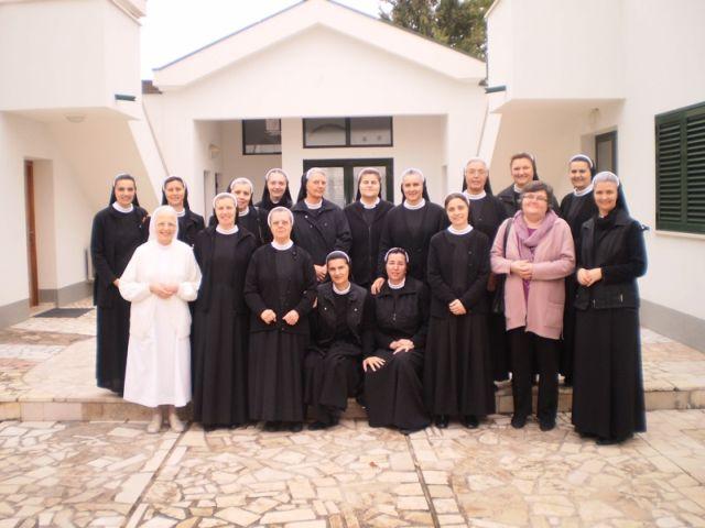 Slikovni rezultat za Samostan školskih sestara franjevki - Međugorje